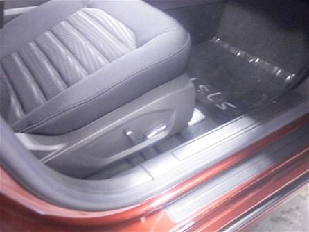 2016 Ford AutoBuying.Model.ItemDB.Website.Item